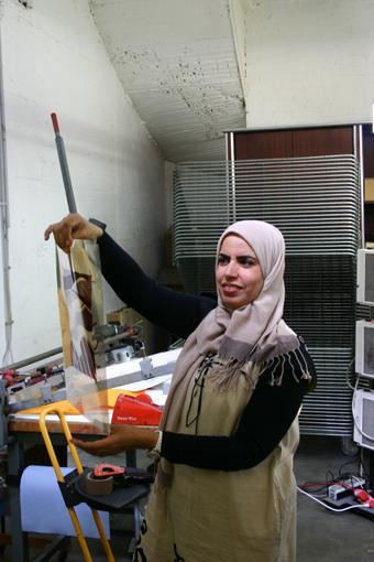 Die emiratische Künstlerin Karima Al Shomely in der Lepsien Art Foundation