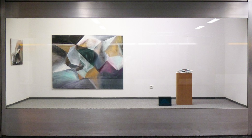 Kunstraum-unten Vitrine Daniela Schmitz Annika Burbank