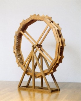 André Thomkins | Xylophon-Rad, 1984  Holz und Metall | 200 x 30 cm Fotograf: Heinz Preute, Vaduz