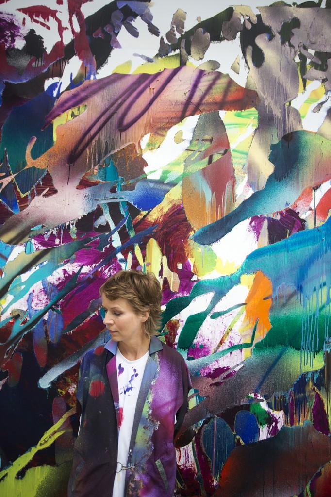 Katharina Grosse, 2014, Foto: Veit Mette, © Katharina Grosse/VG Bild-Kunst, Bonn, 2014