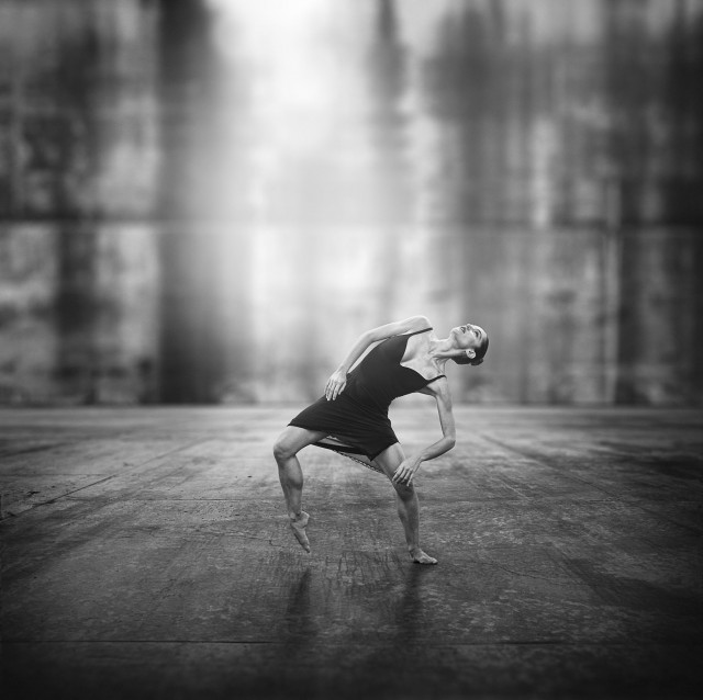 ASPHALT tanzt! Niemandsländer – Valentina Moar 1 © Foto Werner Kmetitsch